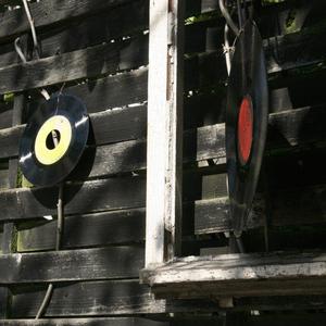 Radio vortex-surfer